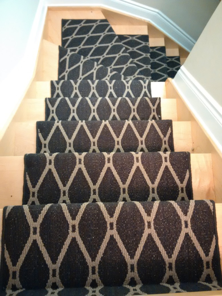 Black stair runner carpet Aurora