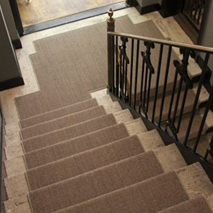 Sisal carpet runner for stairs installation